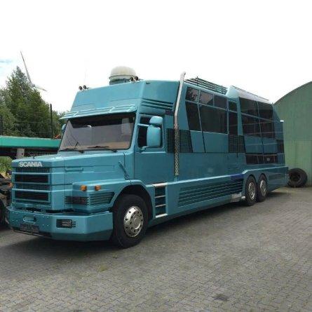 Conheça o Royal Eagle - Um Scania 143 como você nunca viu