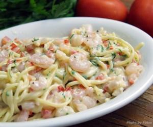 Spaghetti ao molho de camarão
