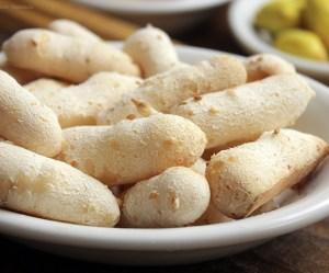 Biscoito de polvilho com gergelim