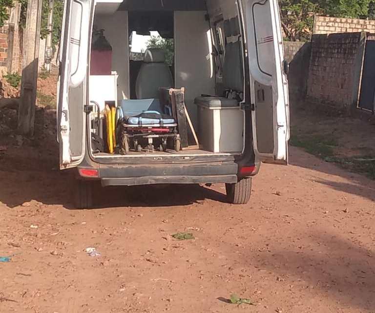 Bomba – Ambulância de Porto Rico do Maranhão está servindo para fazer mudanças particulares