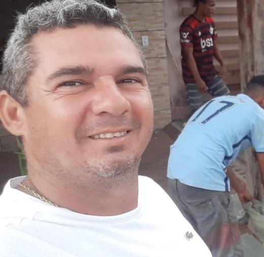 Empresário Gean Freitas distribui mais de uma tonelada de peixe para famílias do município de Pinheiro