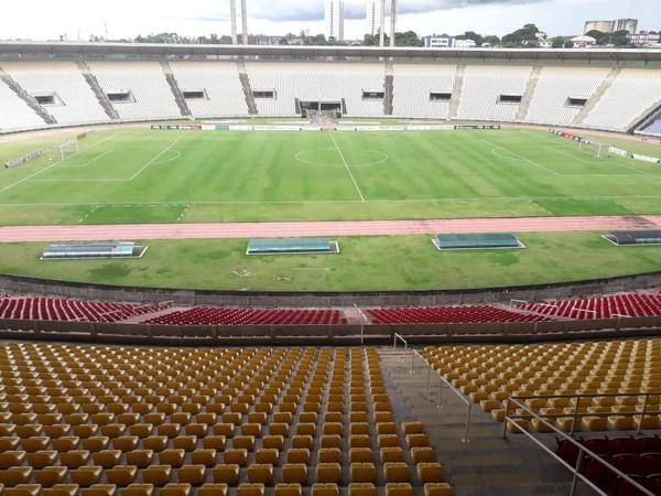 Com portões fechados, São José e Pinheiro jogam pelo Campeonato Maranhense