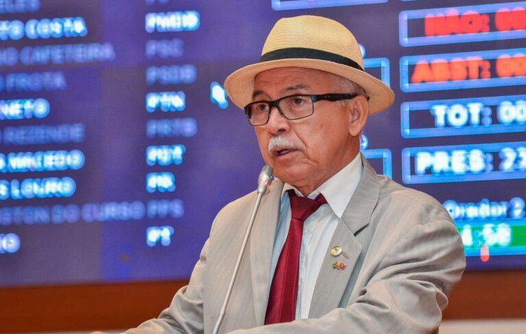 Ex-Deputado Estadual Fernando Furtado sofre acidente de carro na MA-324