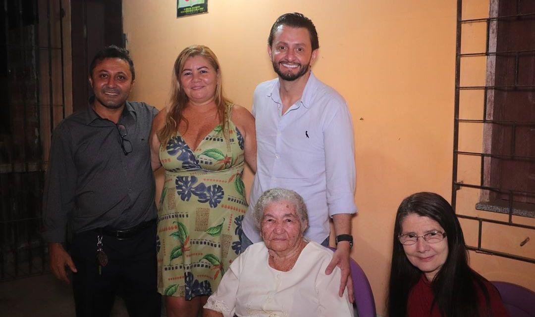 Vereador Riba do Bom Viver e deputado estadual Leonardo Sá, participam de culto de ação de graças no povoado Madeira