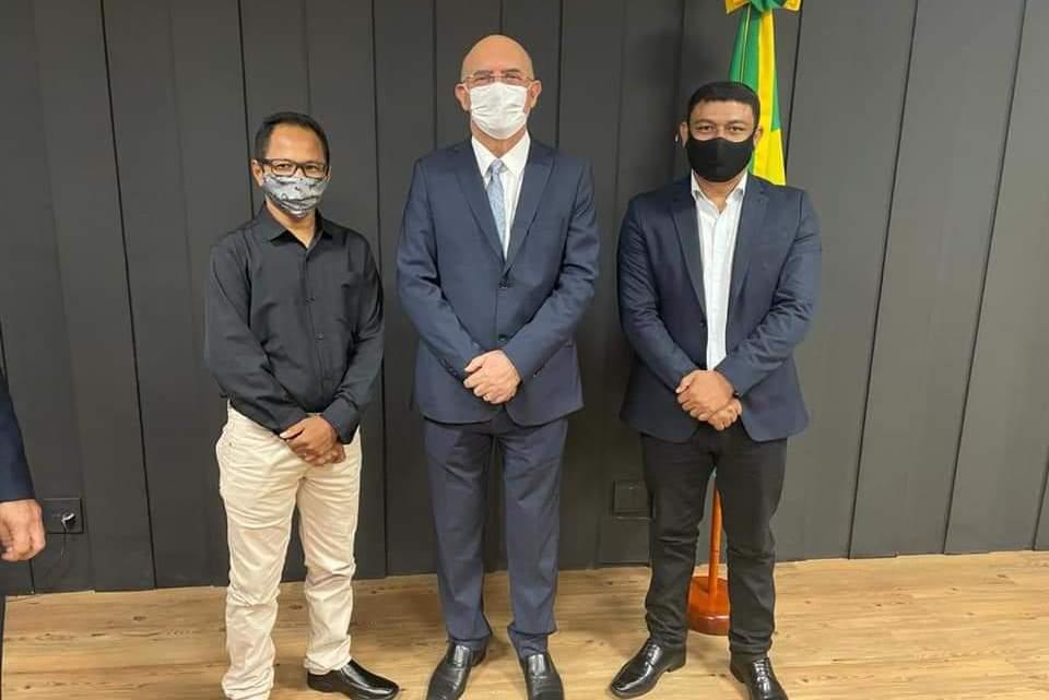 Prefeito Aldo Brown acompanhado do secretário prof. Santos cumpre agenda com ministro da educação e presidente do FNDE em Brasília, e garante importantes benefícios para Porto Rico do Maranhão