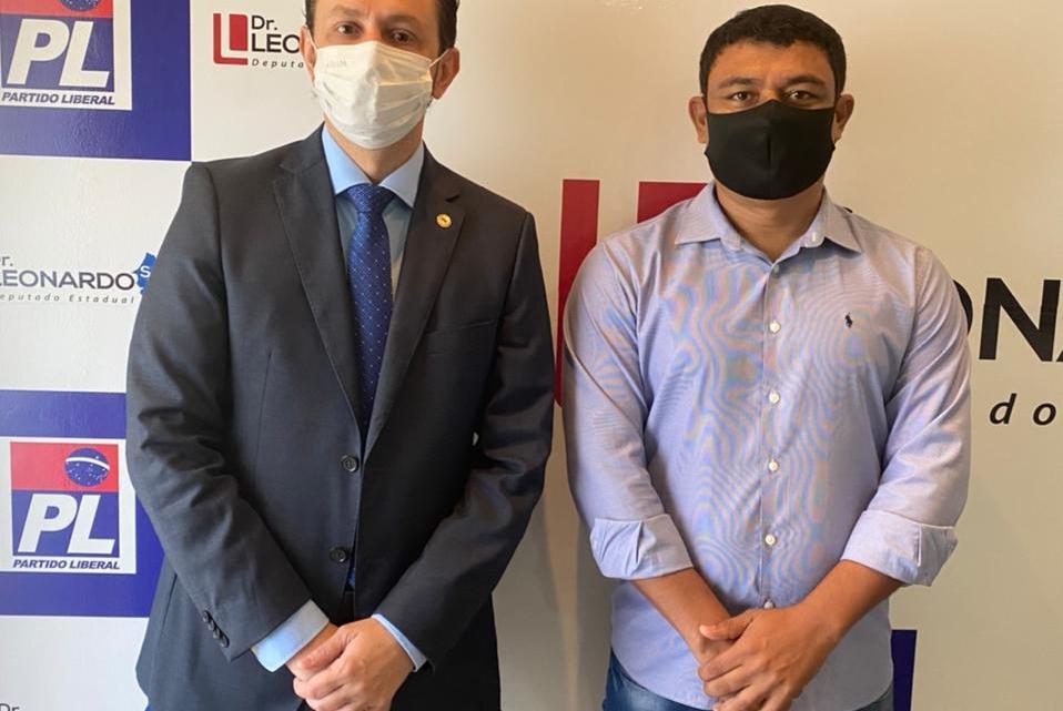 Deputado Leonardo Sá recebe em seu gabinete na assembleia legislativa, prefeito de Porto Rico do Maranhão Aldo Brown, encontro tratou de importantes benefícios para o Município