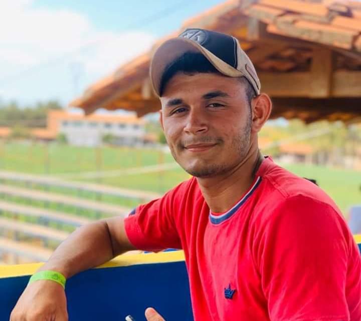 Urgente – Jovem morre após carro capotar na barragem da Justina na madrugada deste domingo (27), em Pinheiro