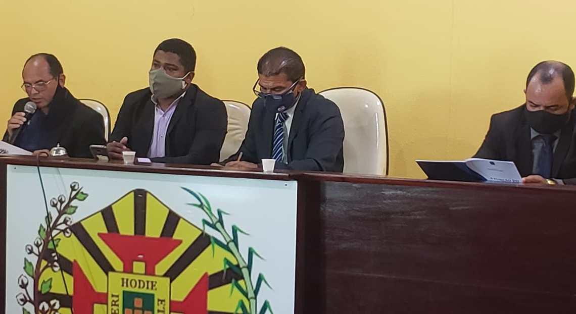 Vereadores retomam trabalhos em Alcântara, e relatório final da CPI que investiga desvio de 9 milhões nas gestões passadas é aprovado