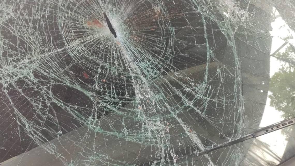 Polícia tenta identificar vândalos que apedrejaram e destruíram carros da prefeitura de Porto Rico do Maranhão, na madrugada desta segunda (27)