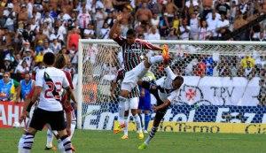 Vasco-x-Fluminense-bagarai1