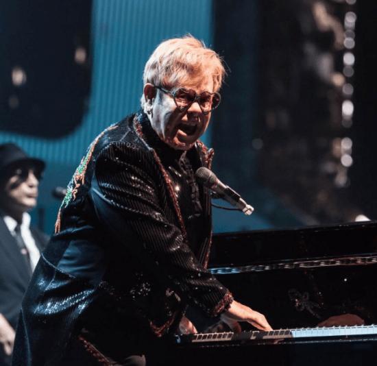 Correios do Reino Unido lançam selos em homenagem a Elton John | Música | Revista Ambrosia