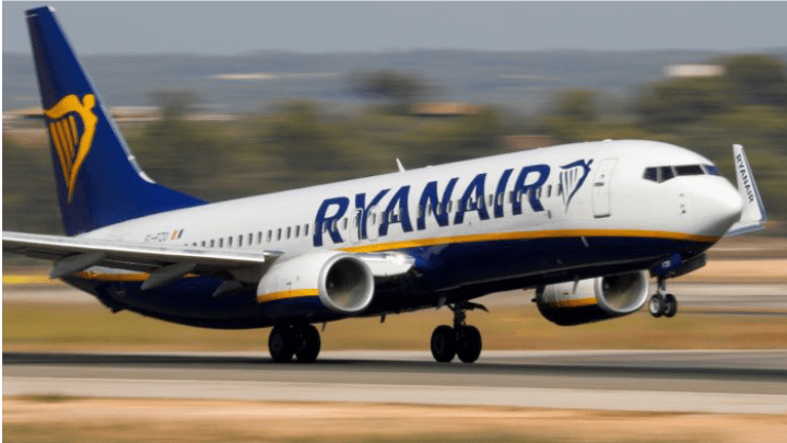 Vai viajar pela Ryanair em agosto? Tripulantes farão greve