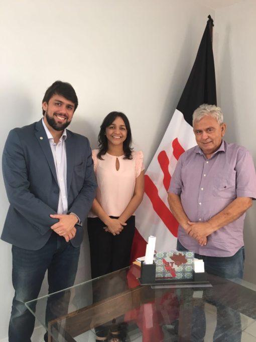 """Resultado de imagem para """"Eliziane Gama é uma das parlamentares mais preparadas que conheço"""", afirma Pedro Fernandes"""