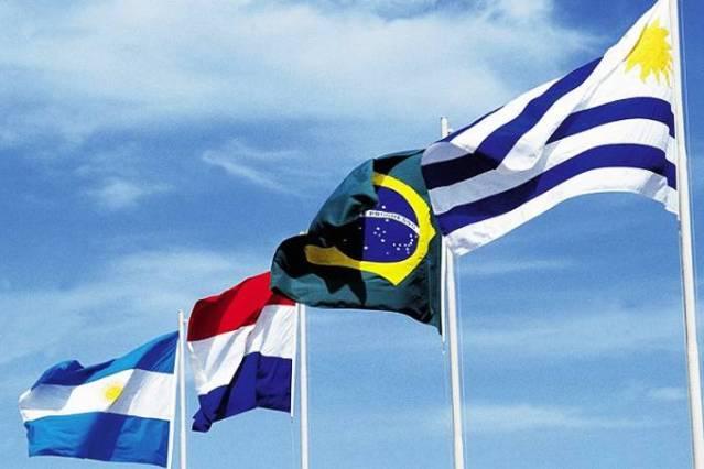 Com bate-boca entre Fernández e Lacalle, reunião escancara fissuras no Mercosul