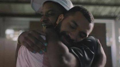 Autores do primeiro beijo gay do BBB estrelam em Campanha do Dia dos Namorados