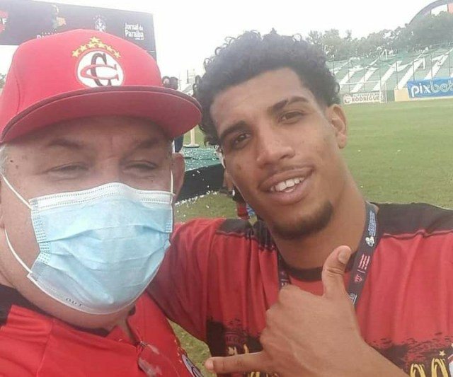 """Jobson, torcedor Nº 01 do Campinense em João Pessoa, diz que """"lavou a alma"""""""