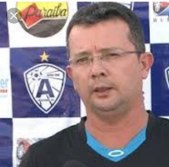 VEM MILHÕES  – Tassiano Gadelha negocia atletas em Salvador