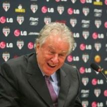 Justiça manda retirar Juvenal Juvêncio da presidência do São Paulo