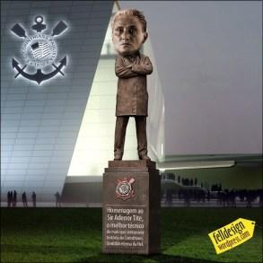 tite estatua