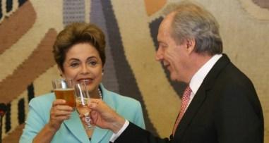 No impeachment de Dilma, Lewandowski atua como mordomo conferindo a despensa