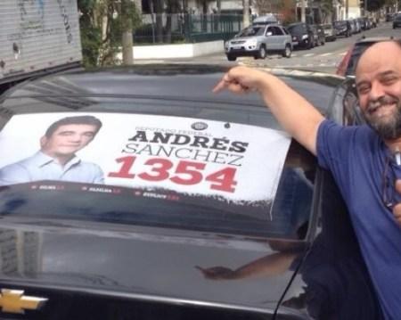 Faustinho adesiva carro em campanha por Andres Sanches (PT)