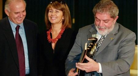 ELES TOCAM DE OUVIDO: Lula ao lado de Pedro Grandene, irmão de Alexandre: guitarra de Lenny Kravitz doada ao Fome Zero rendeu investigação da Lava Jato sobre destino de recurso