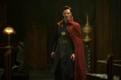 Marvel's DOCTOR STRANGE Doctor Stephen Strange (Benedict Cumberbatch) Photo Credit: Jay Maidment ©2016 Marvel. All Rights Reserved.