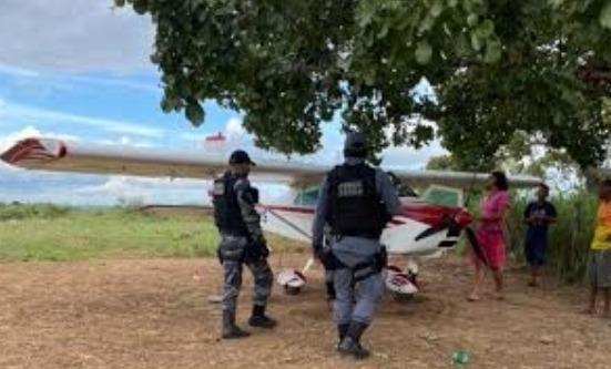 Piloto de avião é preso por fazer acrobacias próximo a banhistas no Maranhão