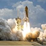 Parte de 20 toneladas de foguete chinês cairá na Terra até hoje