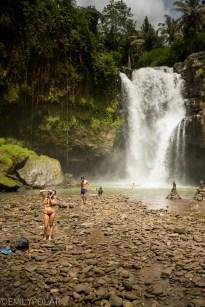 Tegenungan_Waterfall_150127-64