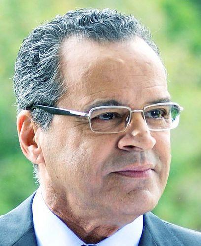 Henrique Alves acredita em segundo turno