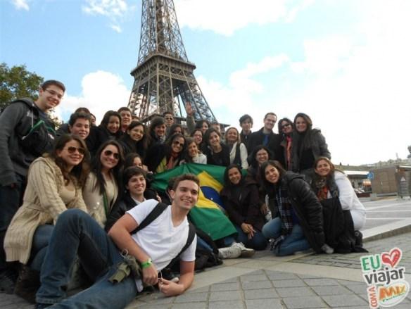 Alunos do Colégio Ciências Aplicadas em Paris