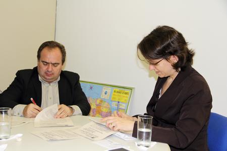 Prefeito de Apodi assina documento no TRT