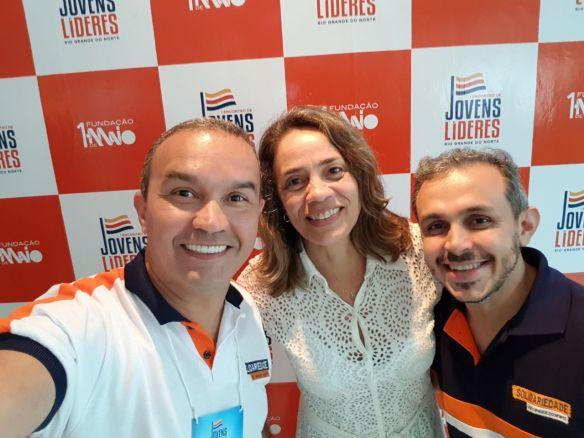 Kelps, a pré-candidata ao Senado Magnólia Figueiredo e o engenheiro Brenno Queiroga