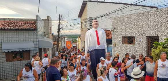 Bloco do Bruno circulou pelas ruas do Bairro das Quintas