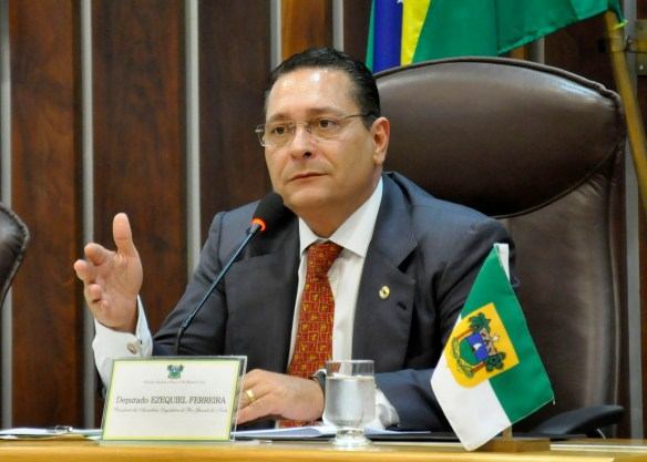 Ezequiel é presidente da Assembleia Legislativa