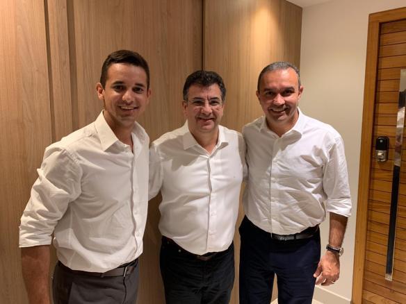 Allyson, Zé Vieira e Kelps conversaram sobre a política de Parnamirim