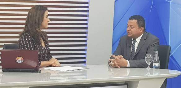 Marlon deu entrevista na TV Ponta Negra