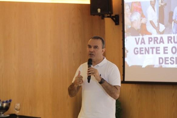 Kelps explica pré-candidatos do Brasil inteiro a como concorrer nas eleições mesmo tendo poucos recursos