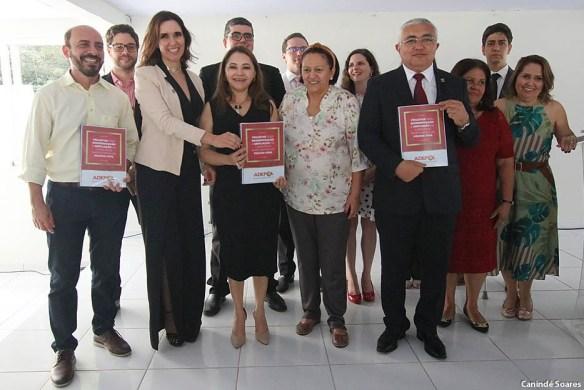 Delegada Paoulla Maués entregou projeto de modernização à governadora, ao vice, e à cúpula da Segurança no RN