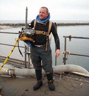 Tony the Diver in his Fire® Hose Work Pants