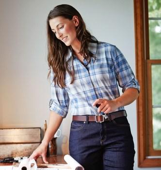 Duluth Women Model Rachel Sidewinder Shirt