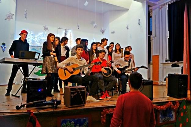 Serbarea de Crăciun - Los Cervantinos Band