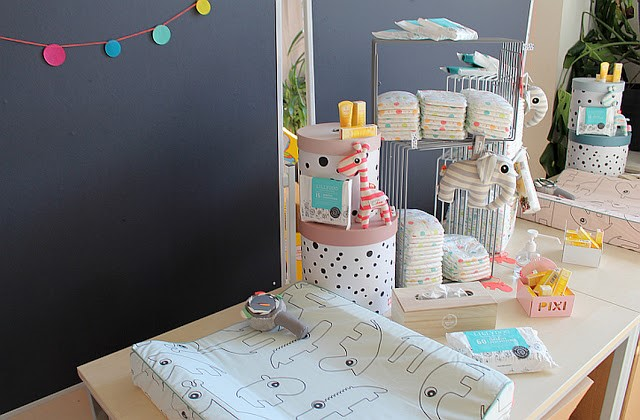Gewinn 2: 3 x Pixiebuchhalter für die Wand plus eine Spieluhr von Donebydeer und eine Überraschung.
