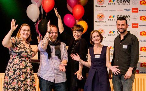 BLOGFAMILIA AWARD 2018: Nennt uns jetzt Eure Nominierungen und gewinnt 2 Tickets!