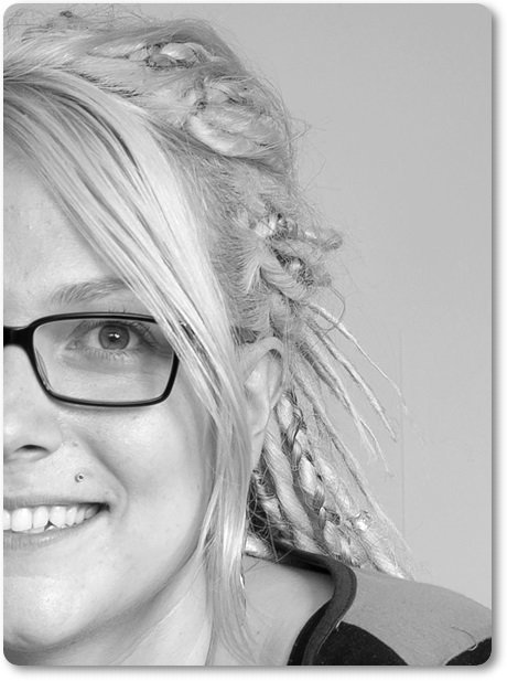 Ann-sofie (78) face