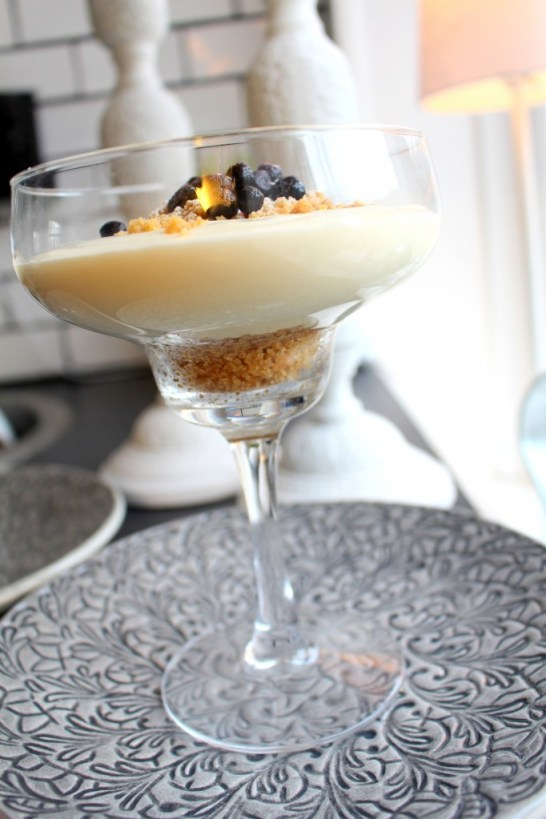 efterrätt_chokladmousse_fredagsmys_dessert_cocktailglas_recept