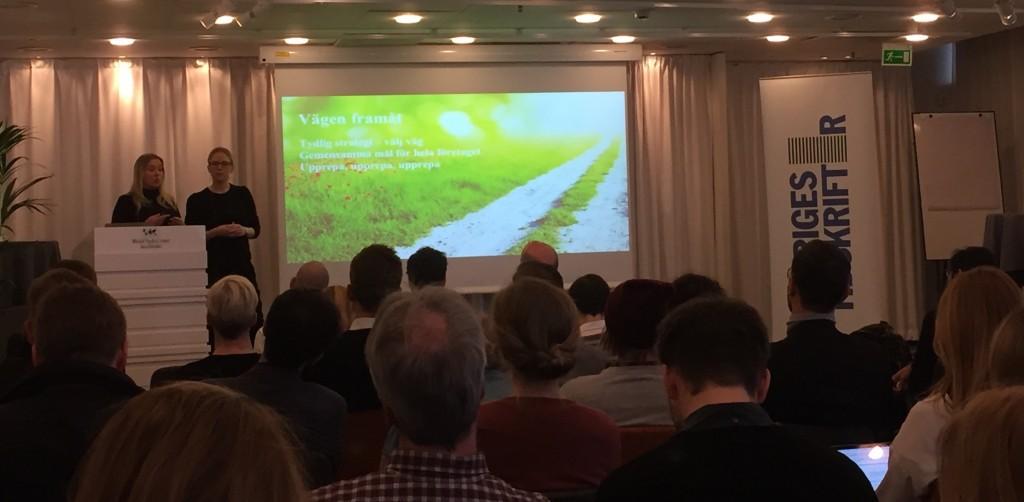 Anna Åberg och Julia Lundmark berättade om DN:s prenumerationsaffär på Sveriges Tidskrifters trendfrukost.