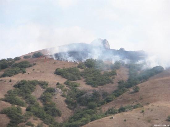 Пожар в Карадагском заповеднике