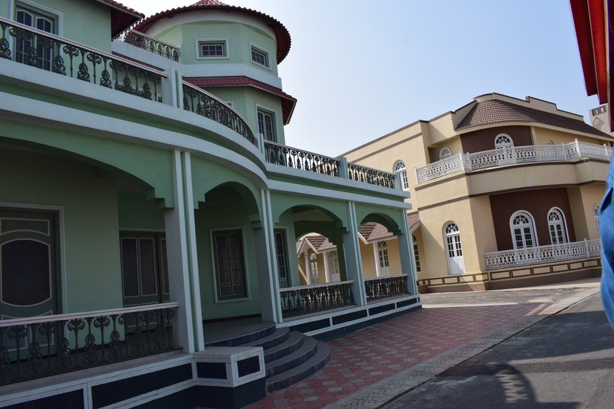 Architectural images of ramoji fil city 1 Ramoji film City Guide,6 Sets photos of Beautiful places.